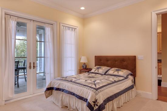 Kleines Schlafzimmer Einrichten: Vorher Nachher Eine Dachschräge ... Deko Ideen Kleines Schlafzimmer