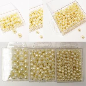Deko-Perlen creme in verschiedenen Größen