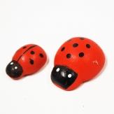 Marienkäfer aus Holz in zwei Größen